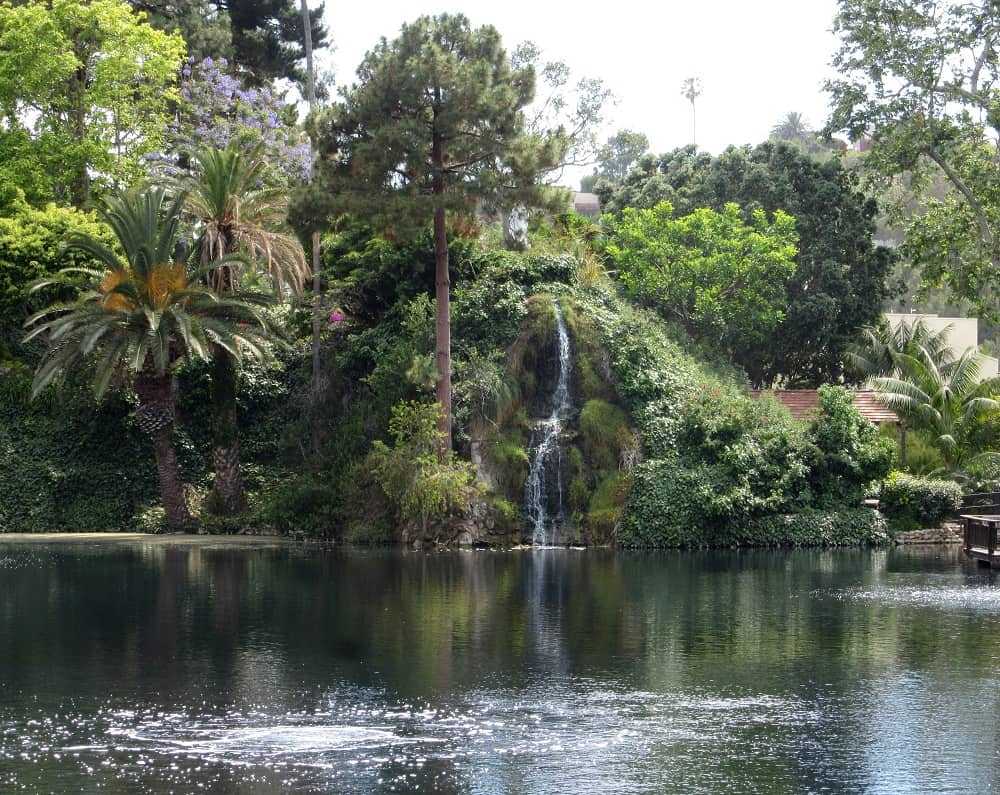 Self Realization Fellowship Lake Shrine Temple, Pacific Palisades, Week 10 Adventures   Delicious Not Gorgeous