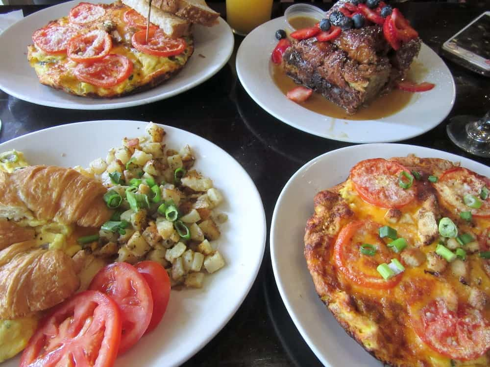 Brunch at Crave Restaurant, Santa Ana, Week 10 Adventures | Delicious Not Gorgeous