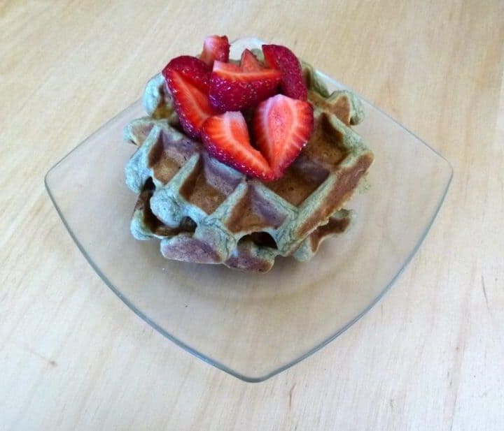 If you want to insert matcha into even more areas of your life, these matcha waffles are perfect. #matcha #waffles #breakfast #brunch