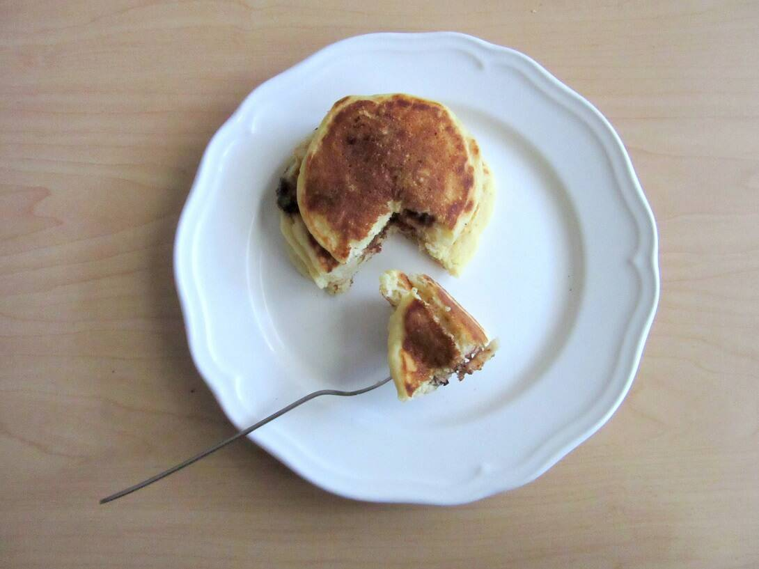 You could make 6 of Alton Brown's pancakes, and they'd be massive. Or you could make smaller ones and serve a cute little stack of them. #altonbrown #pancakes #breakfast #brunch