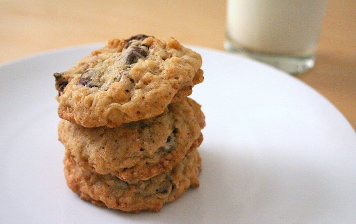 These oatmeal crisp cookies (like most cookies) go great with milk!