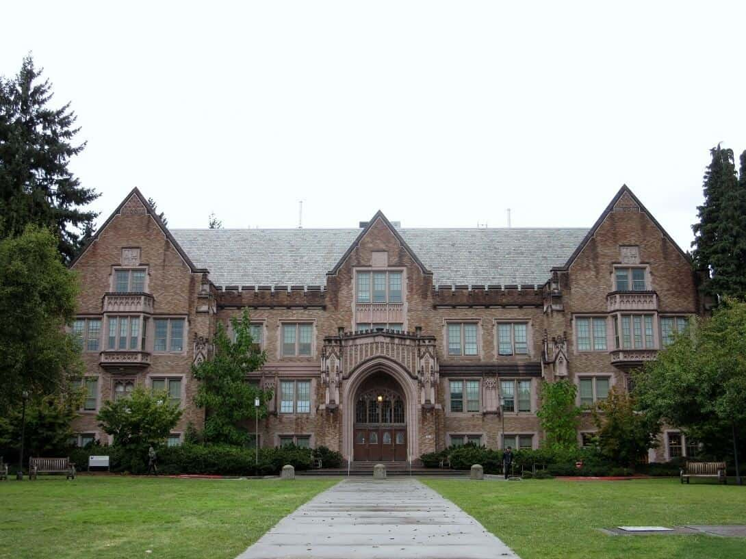 The Mary Gates building at the University of Washington. Travel Guide to Seattle: Delicious Not Gorgeous Edition #seattle #washington #travel #universityofwashington