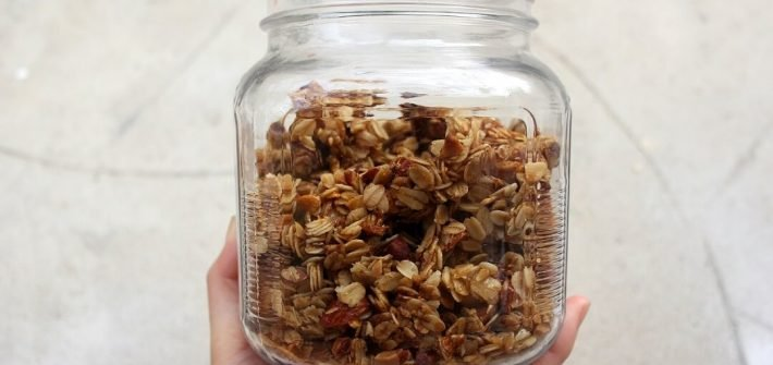 Make a batch of America's Test Kitchen's clumpalicious almond granola, and have breakfast ready for the whole week! #almonds #granola #breakfast #yogurt