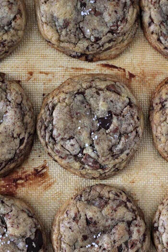 Get allllll the melty chocolate pools in Tara O'Brady's chocolate chunk cookies. #chocolatechipcookies #chocolatechunkcookies #cookies #dessert
