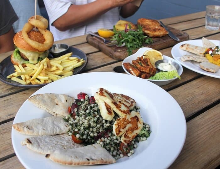 Tabbouleh, burger, fish and chips, hummus and calamari from The Railway in London. #london #salad #dinnerout