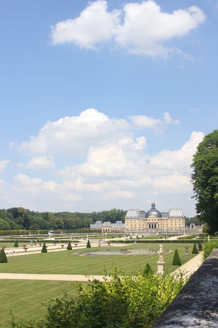 Vaux-le-Vicomte in Paris. Paris 2018 travel guide from Delicious Not Gorgeous. #vauxlevicomte #paris #paristravelguide
