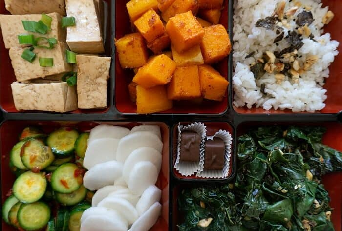 You don't have to put this vegetarian bento box in a bento box; everything goes well together even if they get a little mixed up! (Well, except for the chocolate). #bentobox #lunchideas #vegetarian