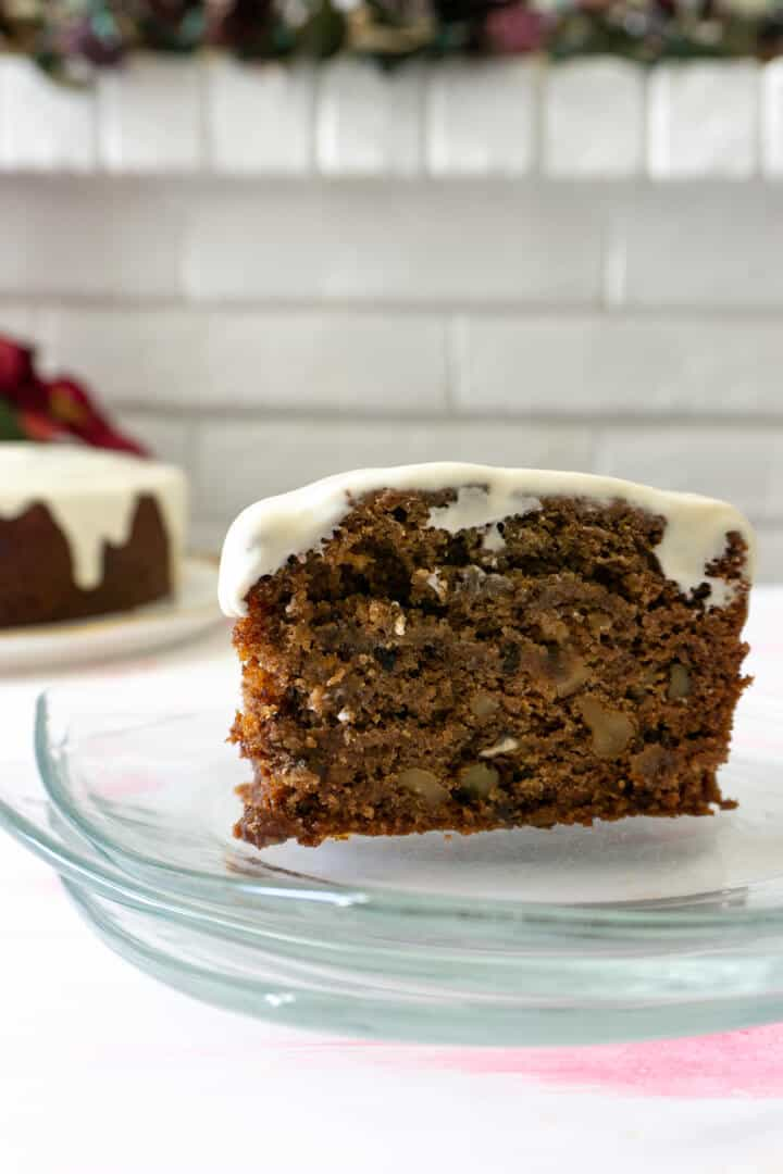 This persimmon cake might not look like much, but it's filled with moisty fruity flavor and topped with cream cheese frosting, which more than makes up for its appearance.